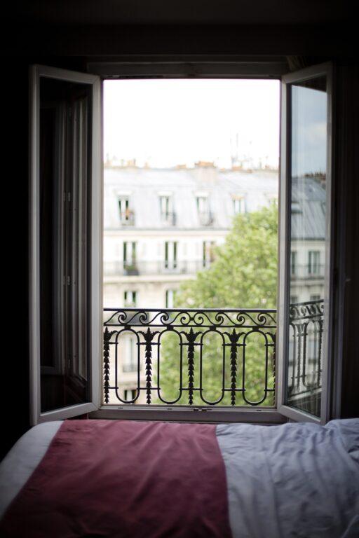 Alquilar una habitación con ventana puede afectar al precio de alquiler