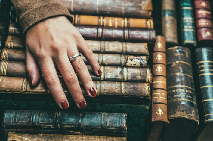 ordenar-un-trastero-grande-para-guardar-libros_trasteros-yoguardo_1920x1280